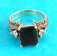 best jewelry online wholesale group manufactured square onyx ring with artistic decoration on side
