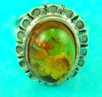 wholesale to public jewelry presents classic amber ring with decoration on the side